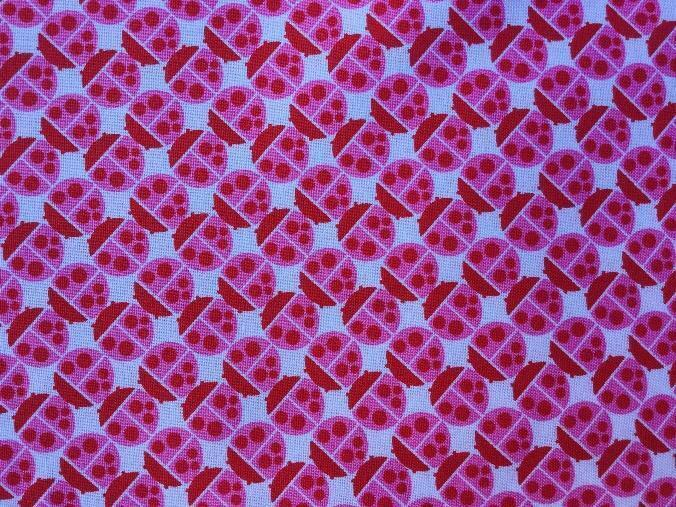 A picture containing fabric  Description automatically generated
